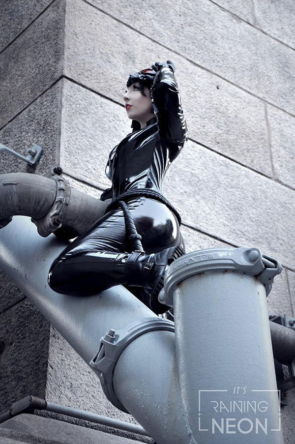 Catwoman cosplayed by It's Raining Neon