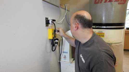 Installing a Dust Collection System 0002