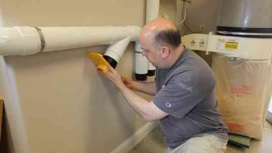 Installing a Dust Collection System 0015