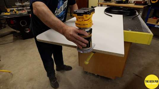 Ultimate Electronics Workbench 0013 - Routing the Melamine Sheets