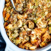 Old-Fashioned Bread Stuffing