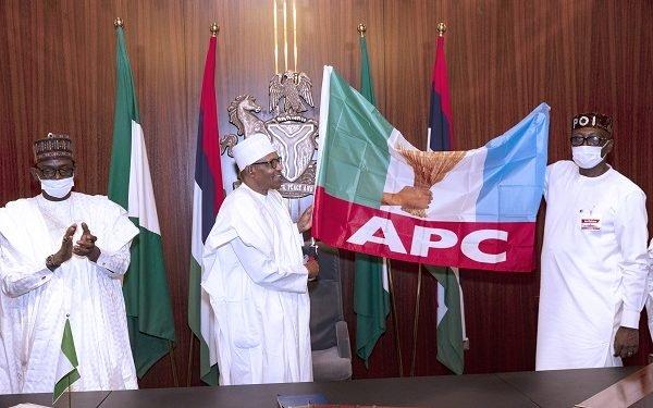 BREAKING: Buhari meets Edo Gov candidate Ize-Iyamu