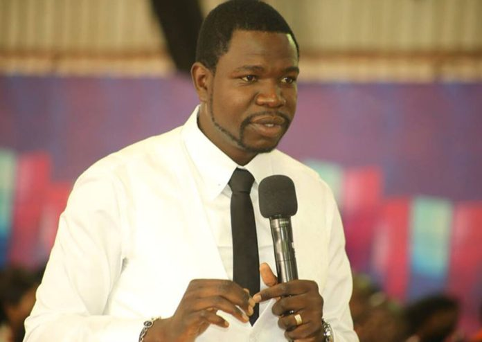 Drama As Churchgoers Threaten To Disrupt Service If Prophet Walter Magaya Doesn't Return Their Money