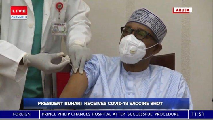 BREAKING: President Buhari And VP Osinbajo Get COVID-19 Vaccines [VIDEO]
