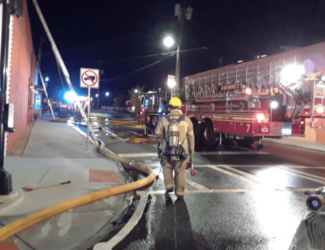 Fire breaks out at downtown Duluth restaurant