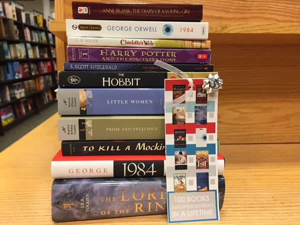 Gift Ideas for mother-in-law 100 books to read in a lifetime gift idea