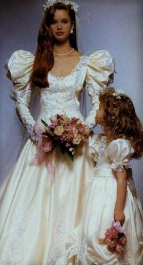 1980s long sleeve wedding dress (2)