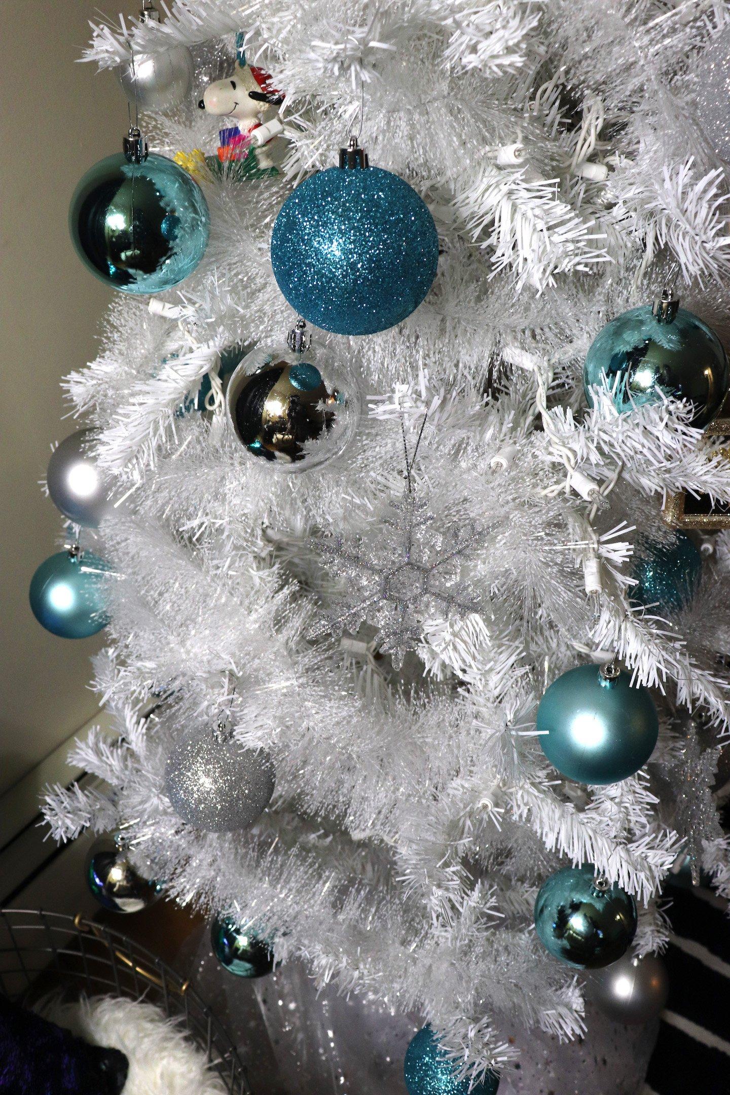 Tiffany Blue Christmas Decorations