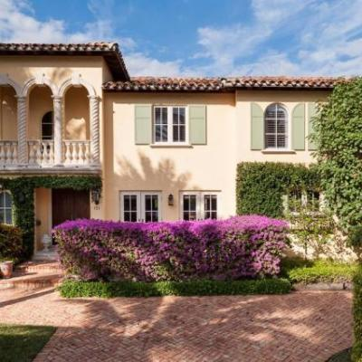 Palm Beach Chic on the MLS