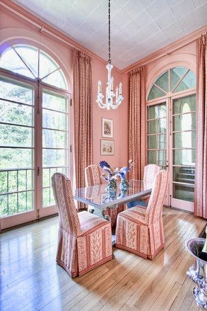 The Pink Castle of Atlanta - The Glam Pad