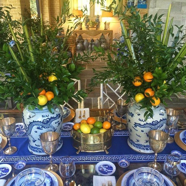 Stephanie Kraus Designs Blue And White Living Room A: 30 Blue And White Tablescapes For Thanksgiving