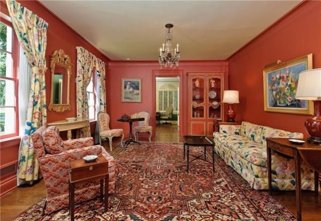 He Is Credited For Bringing The French Country Influence To Texas Homes His Choice Of Bright Colors Including Parrot And Apple Greens Pink Lavender