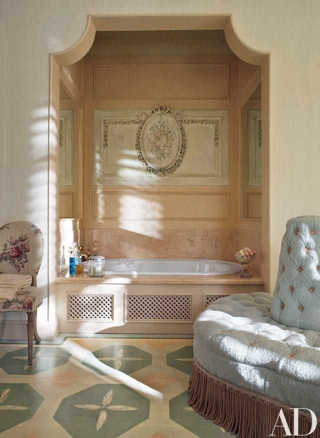 dining room chair pad covers tufted vanity richard keith langham revisits a grand mississippi home - the glam