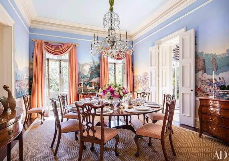 The War of American Independence in Patricia Altschul's Charleston home, designed by Mario Buatta. Image via Charleston Home + Design.