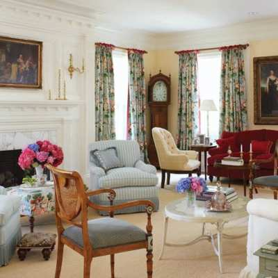 A Greenwich Georgian Colonial Blends Past and Present