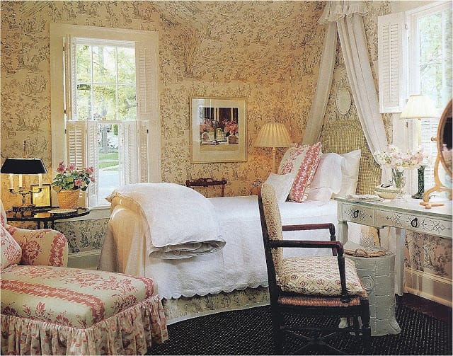pink-blue-toile-floral-bedroom - The Glam Pad