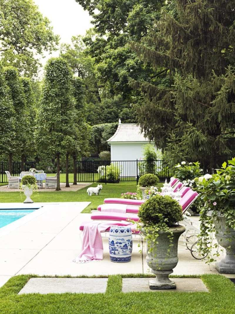sunbrella-fabric-chaise-poolside-westie-david-adler-garden-stool-blue-white-chinoiserie