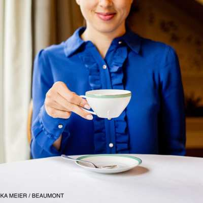 Manners from the Manor: Tea Etiquette
