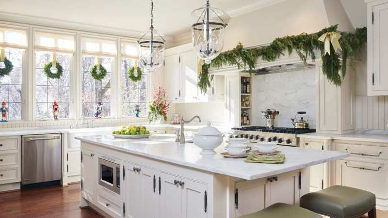 35 Christmas Kitchens and 55 Hostess Gift Ideas - The Glam Pad