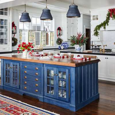 35 Christmas Kitchens and 55 Hostess Gift Ideas