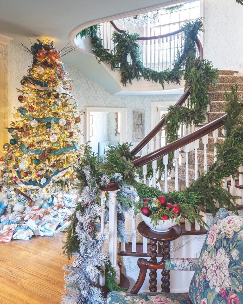 Victorian Era Style Christmas Tree Foyer Entry Garland Stairs