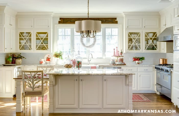 White Kitchen Marble Traditional Classic Kitchen Decorating Ideas