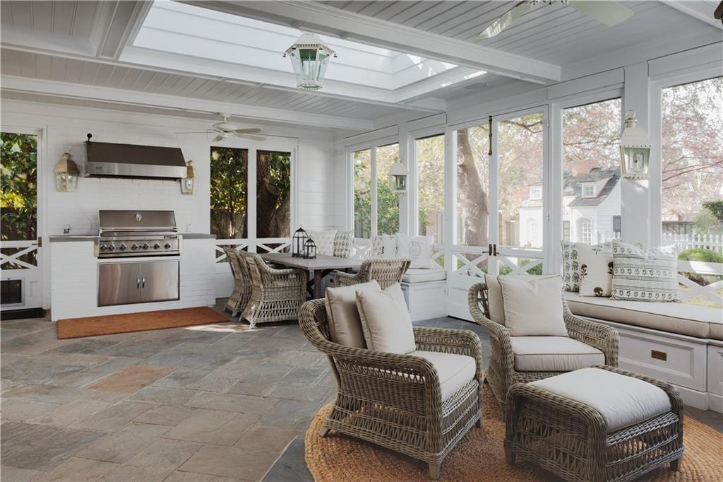 enclosed patio outdoor kitchen dallas
