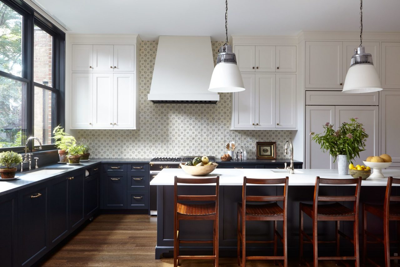 classic-kitchen-navy-blue-cabinets - The Glam Pad