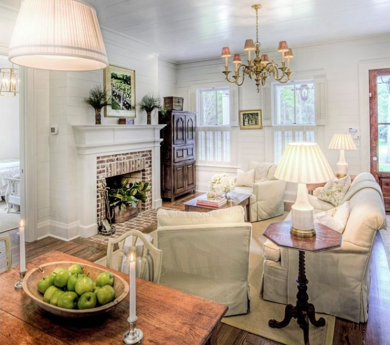 An Elegant 800 Square Foot Cottage The Glam Pad