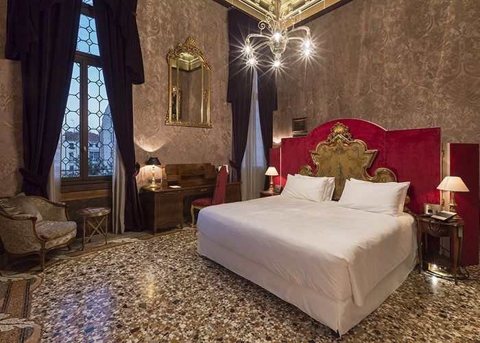 story pic A luxury room at Palazzo Venart a