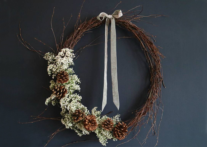 V&A wreath