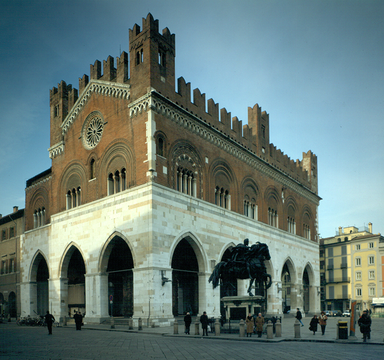 The old town hall in Piazza Cavalli-2