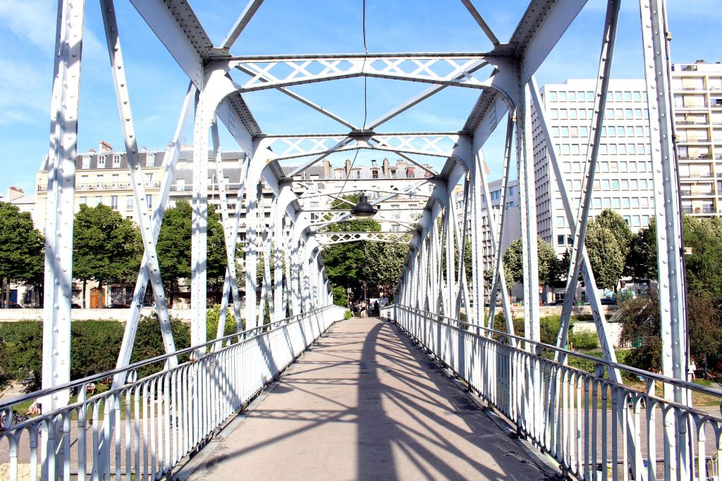 Passerelle du Port de Plaisance de Paris Arsenal, Bassin de l'Arsenal, south of Place de la Bastille