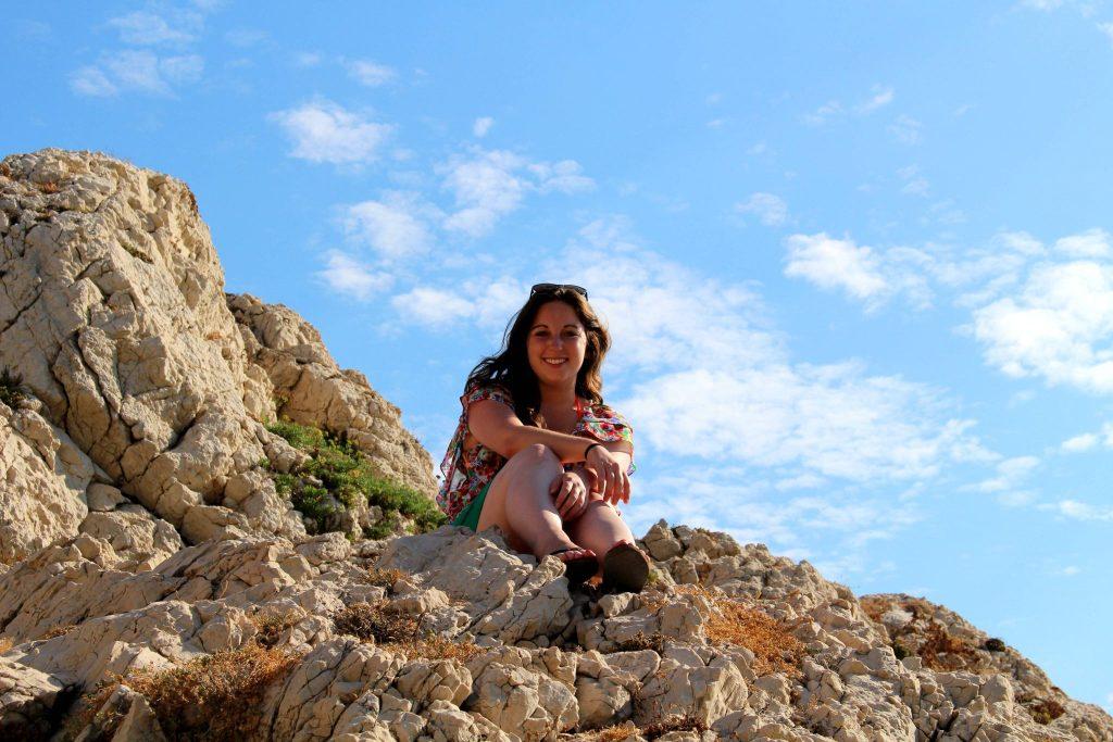 Ile de Frioul, Emily on a rock