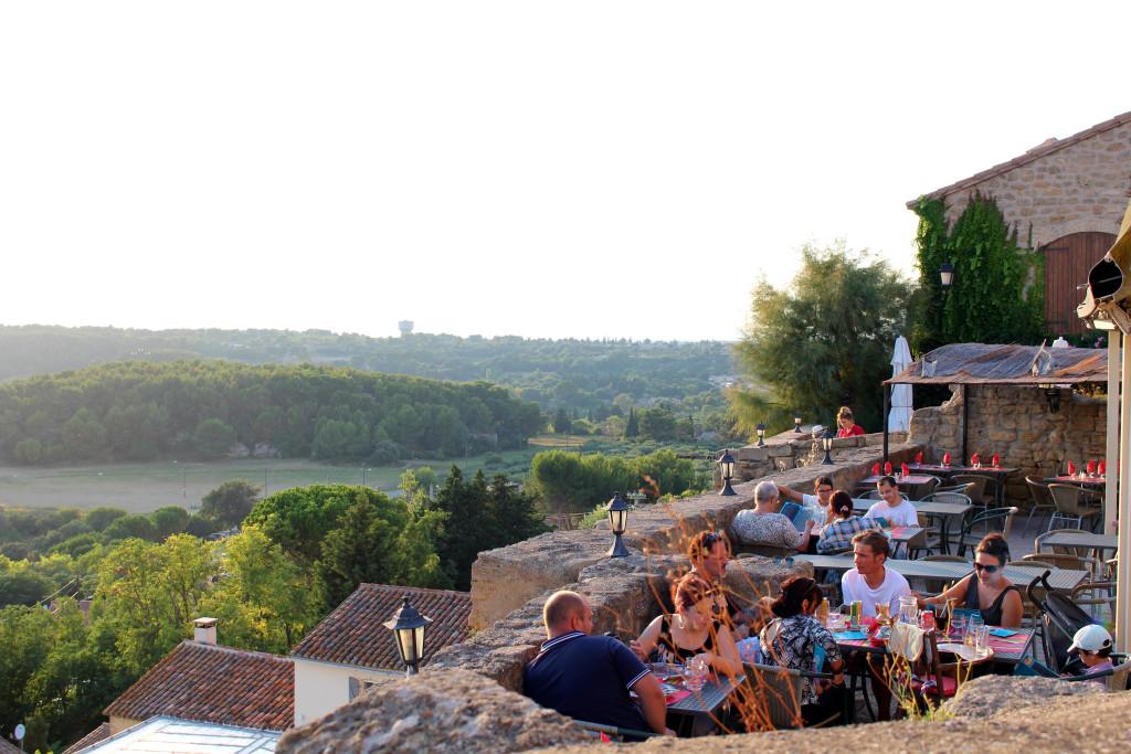 Miramas-le-Vieux, rooftop terrace restaurant