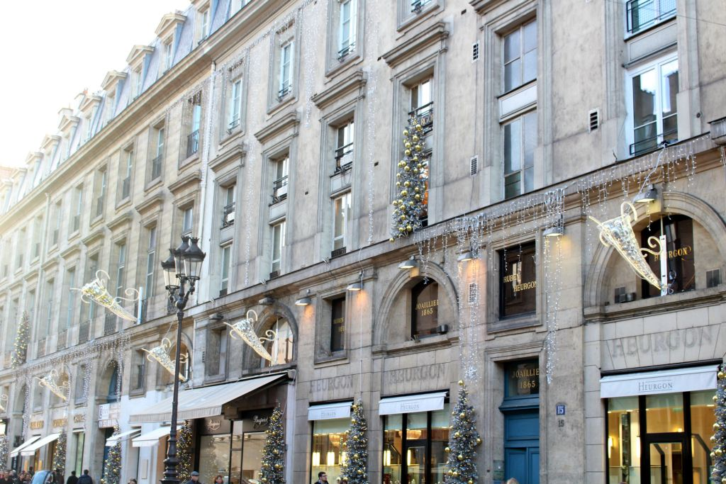 Christmas 2015, decor on Rue Royale 2, Christmas in Paris, The Glittering Unknown