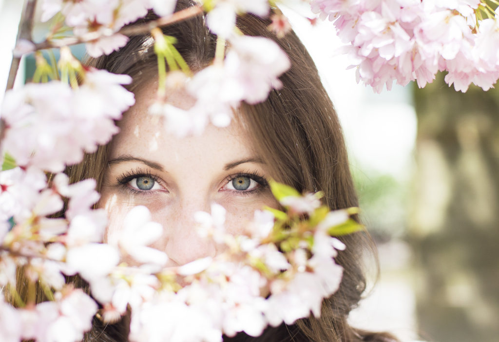 Eyes through the blossoms, Blossoms and Stripes, photo by Brandie Raasch Paris Ever After