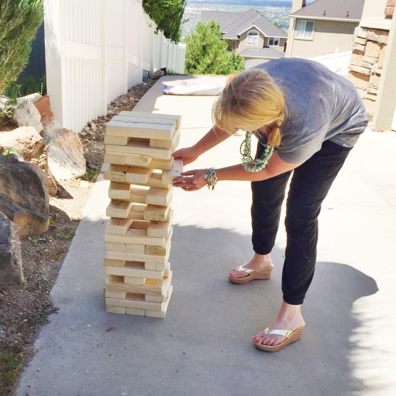 giant Jenga tutorial, 2x4's, studio 5, the glitzy pear, DIY, lawn games