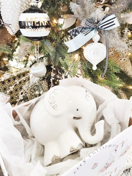 unique baby gifts, Christmas gifts, baby gifts, kateaspen, piggy banks, blankets, baby towels, books,baby aspen,