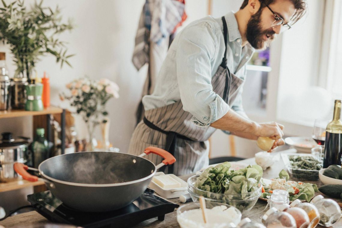 A quest to get men into the kitchen - The Globe and Mail