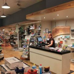 Kitchen Store Com Designing Kitchens Caters To Customers Frustrated By Big Box Experience