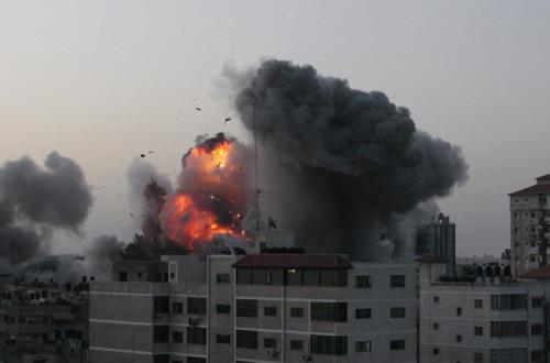 Israel attacks palestine (8)