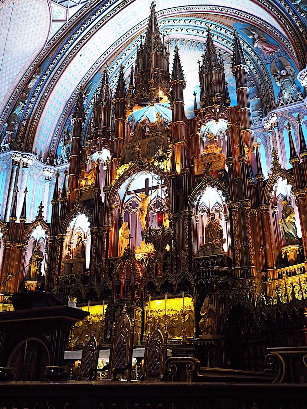 Inside Notre-Dame Basilica in Montreal