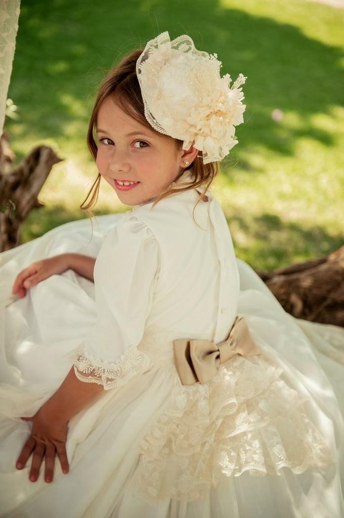 Tendencias de vestidos primera comunión 2014 TheGoldenStyle VESTIDO-COMUNION-2014-BEBES-CHIC-VERSALLES-2