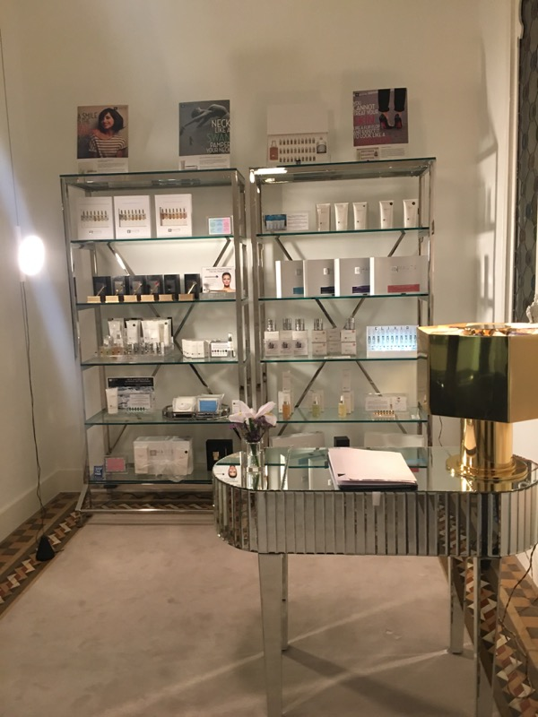 Haute Custom Beauty Institute TheGoldenStyle 4