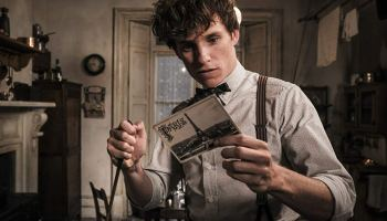 newt scamander fantastic beasts and the crimes of grindelwald