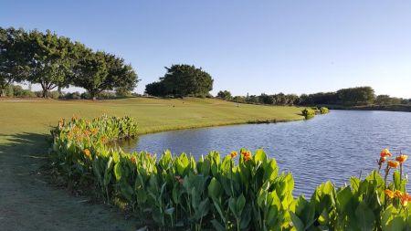 Laplaya Golf Club2