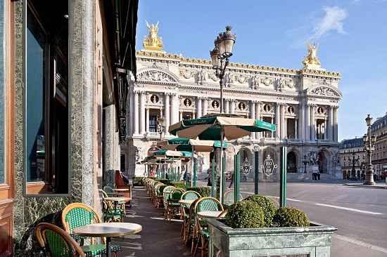 Restaurant Cafe De La Paix