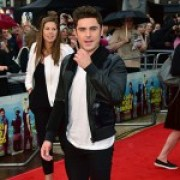 Zac 2 150x150 Zac Efron e Emily Ratajkowski a Londra per We Are Your Friends