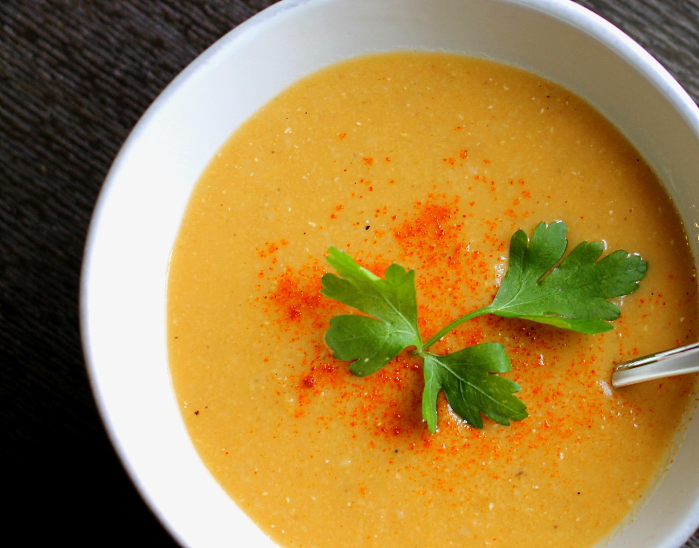 middle eastern red lentil soup